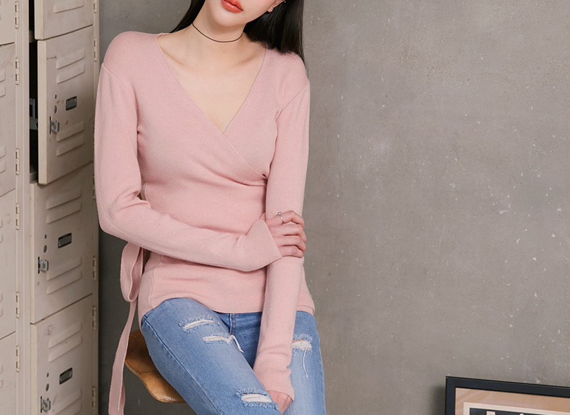 Envylook Tie-Waist Knit Wrap Top