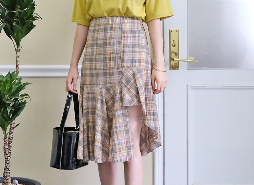 Envylook Asymmetrical Ruffled Hem Check Skirt
