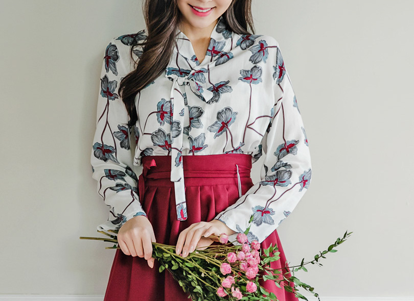 Envylook Long Sleeve Floral Print Wrap Top