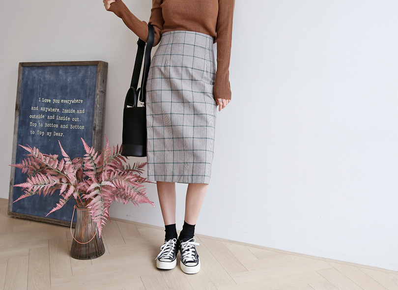 Envylook Back Slit Straight Check Skirt