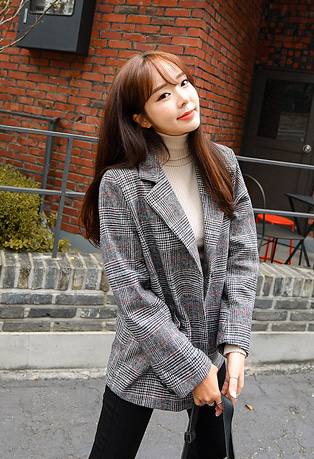 Notched Collar Check Blazer